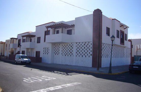 Edificio en Plaza Antigua